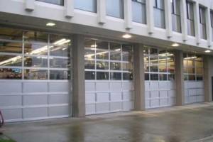 commercial-garage-door-installation-300x200
