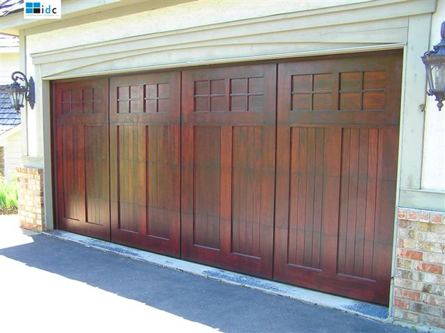 Wood-Garage-Door-051007