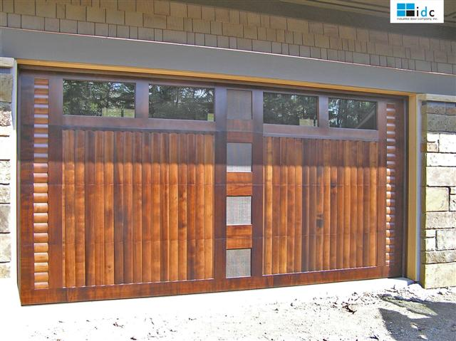 custom-wood-garage-door