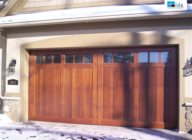 WOOD-GARAGE-DOORS-12