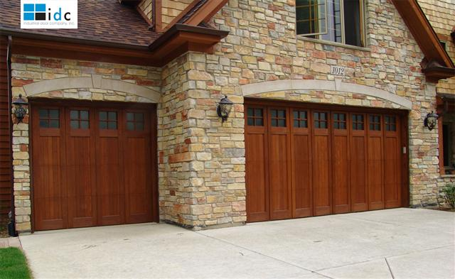 Wood-Garage-Door-RP
