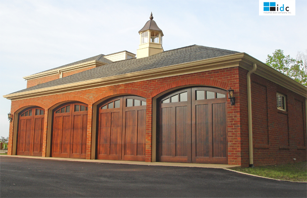 Wood-Garage-Doors-KY