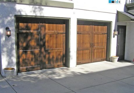 Custom Wood Garage Doors: 7 Series garage doors