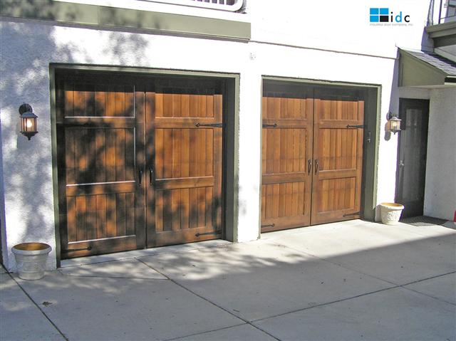 wood-garage-doors-101
